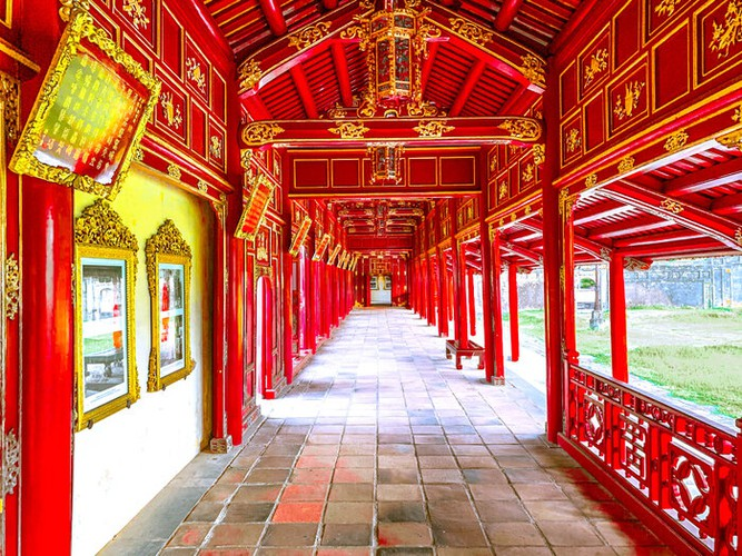 fashion industry marks return with august show in hue imperial citadel hinh 5