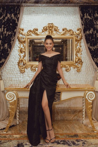 fashion industry marks return with august show in hue imperial citadel hinh 7