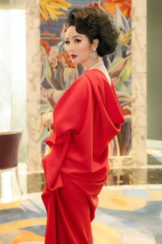 fashion industry marks return with august show in hue imperial citadel hinh 9