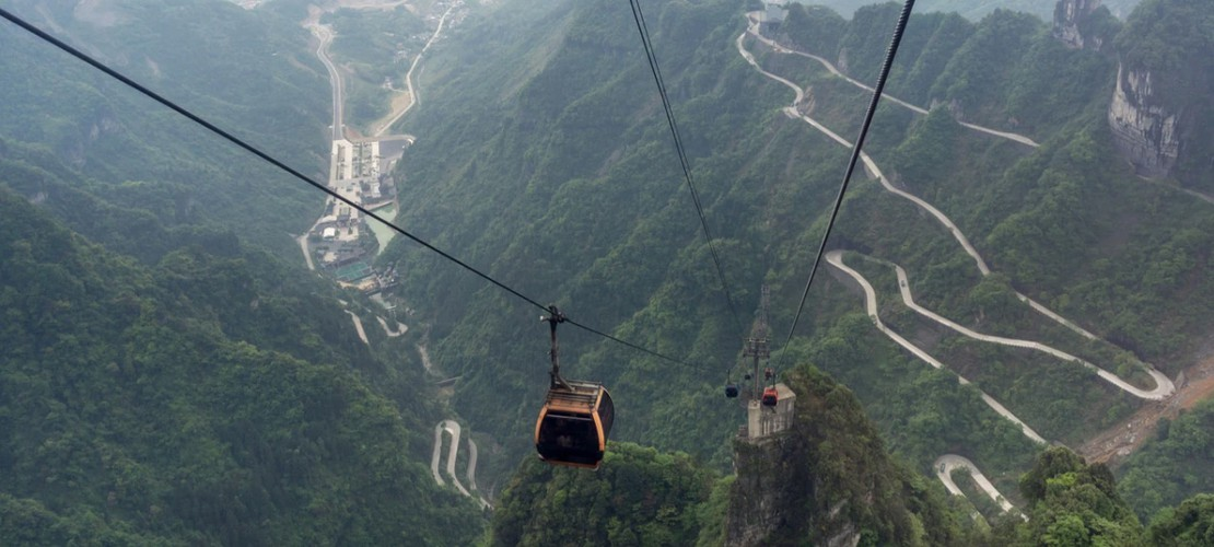 ba na hills cable car leads global list of most spectacular views hinh 9