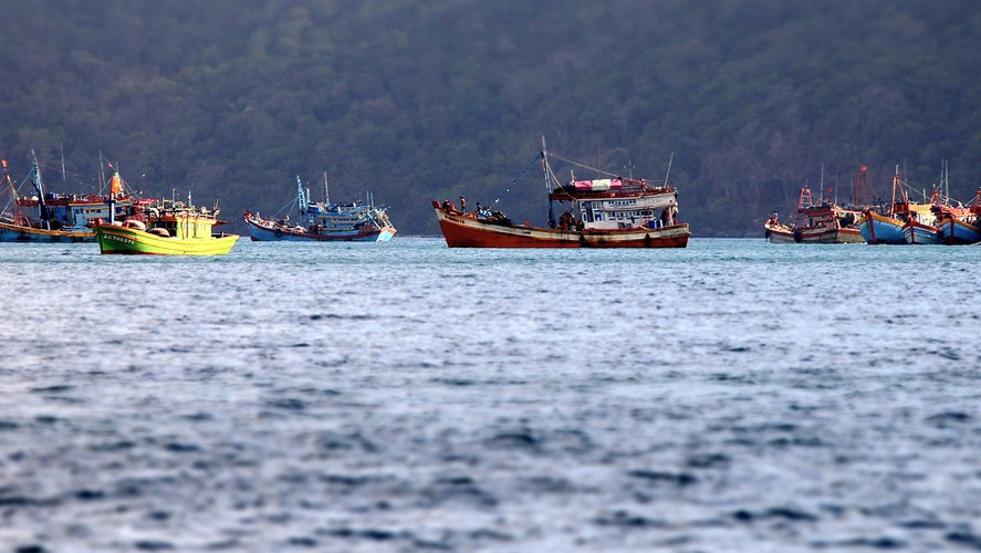 images of peaceful con dao island taken by foreign photographers hinh 12