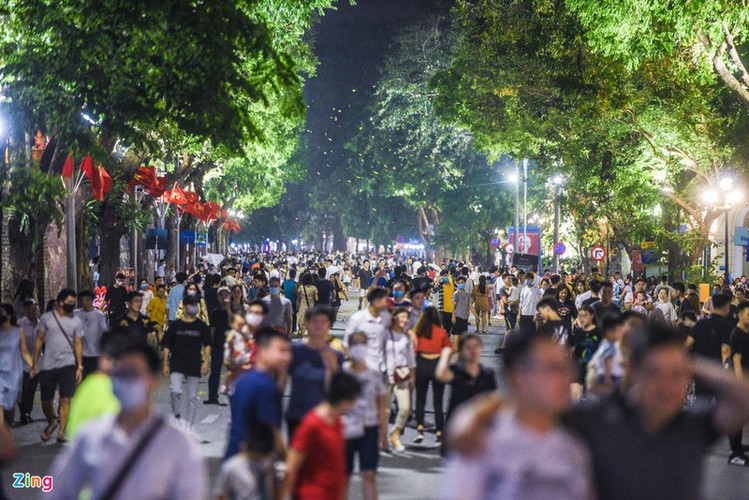 leading nightlife pedestrian streets nationwide hinh 4