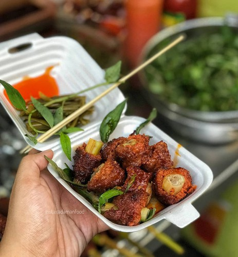 top suggestions for cheap street food in ho chi minh city hinh 5