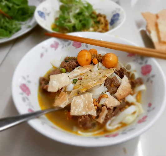top suggestions for cheap street food in ho chi minh city hinh 9