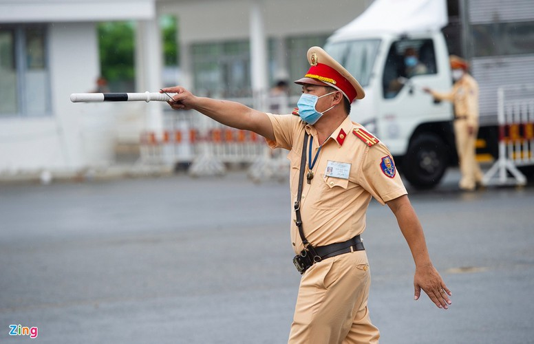 checkpoints rolled out across da nang to halt spread of covid-19 hinh 2