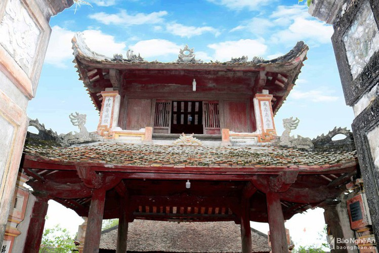 an insight into a century-old temple in nghe an hinh 3