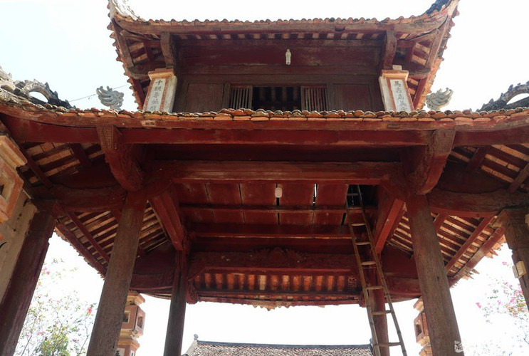 an insight into a century-old temple in nghe an hinh 4