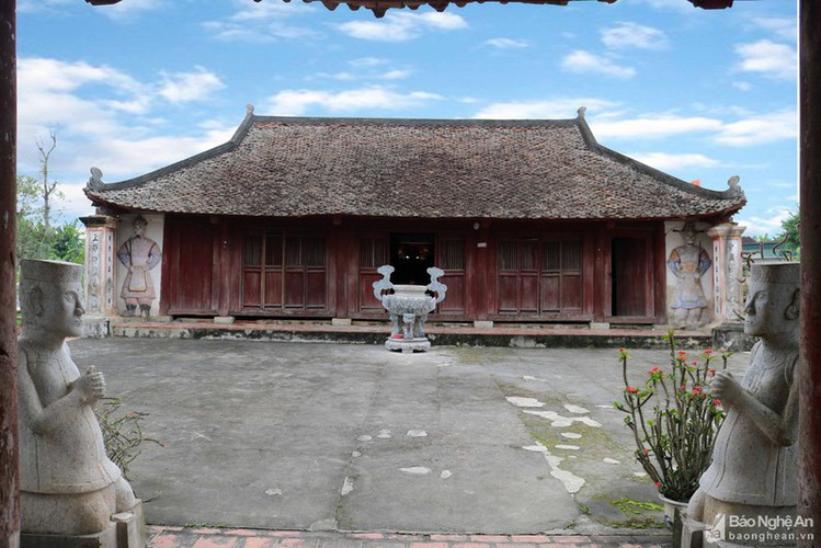 an insight into a century-old temple in nghe an hinh 7