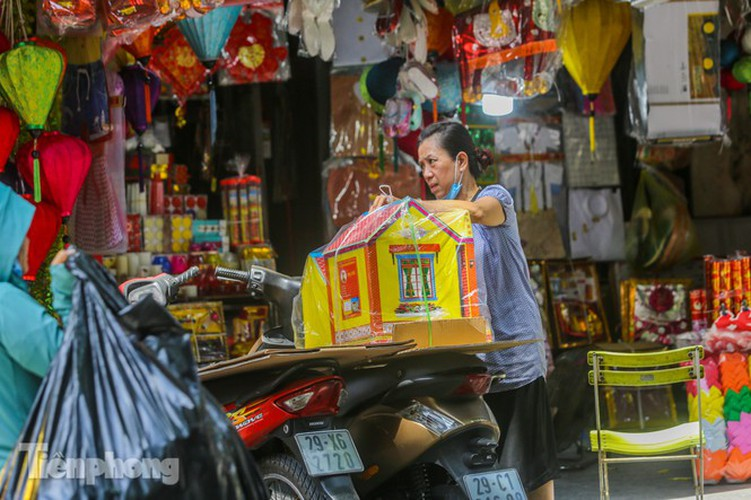 votive paper market appears quiet during 'ghost month' hinh 11