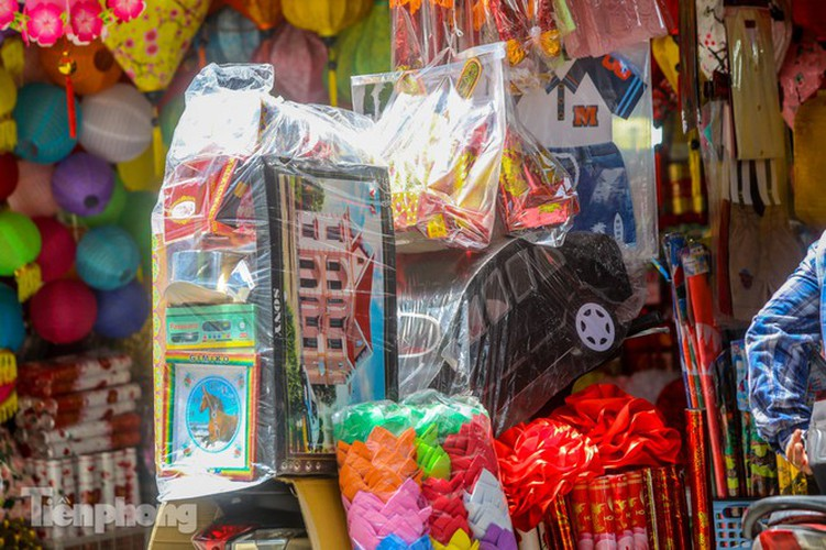 votive paper market appears quiet during 'ghost month' hinh 12