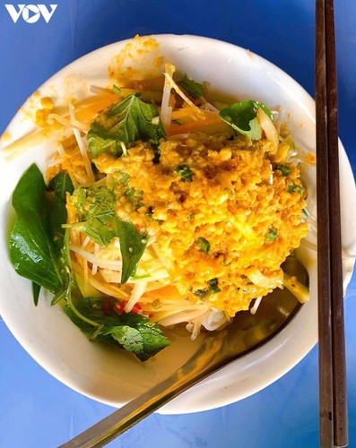 must-try street food options during a day trip to kien giang hinh 5