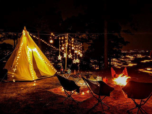 cloud hunting and camping prove popular with young travelers to da lat hinh 8