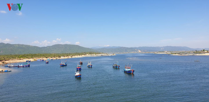 discovering stunning landscapes of binh dinh and phu yen hinh 8