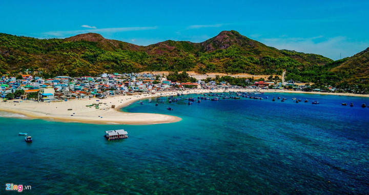 discovering underwater sea path of quy nhon hinh 1