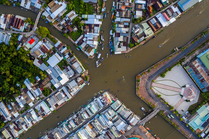 exploring popular nga nam floating market in western region hinh 1