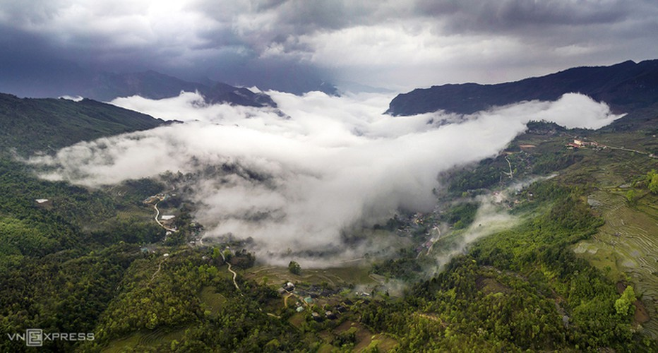 y ty cloud hunting season in lao cai province hinh 1