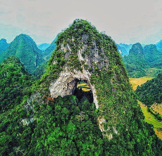 nui thung mountain - new check-in point in cao bang for young travelers hinh 2