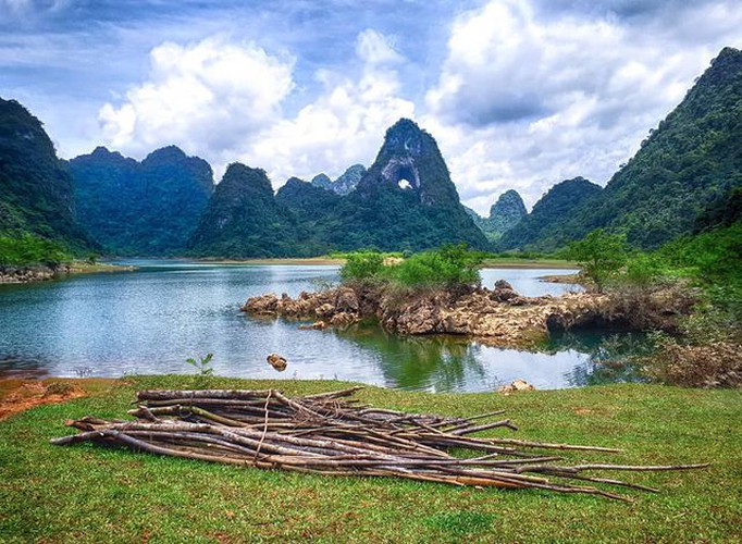 nui thung mountain - new check-in point in cao bang for young travelers hinh 3