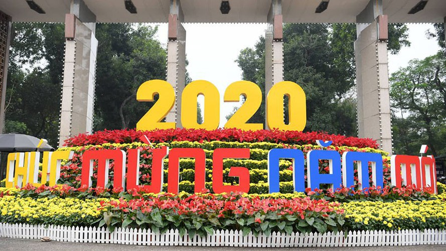 people throughout vietnam start 2020 with joyous celebrations hinh 1