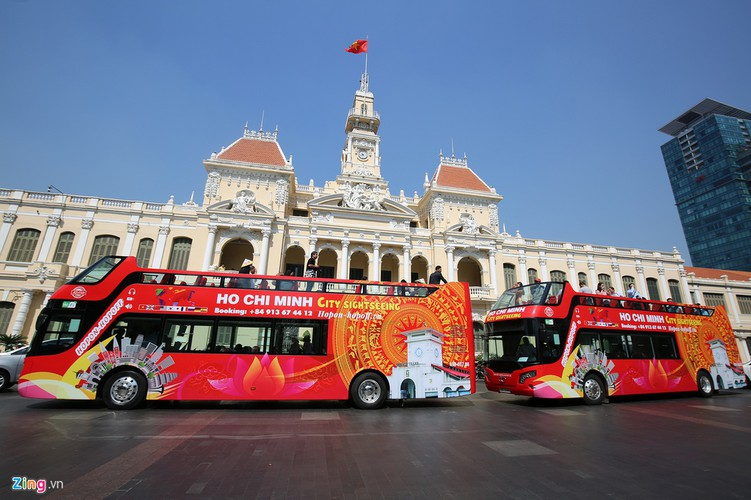 double-decker bus services officially come into operation in hcmc hinh 3