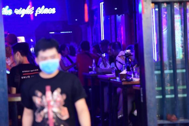 businesses in hanoi's old quarter shutdown amid covid-19 fears hinh 4