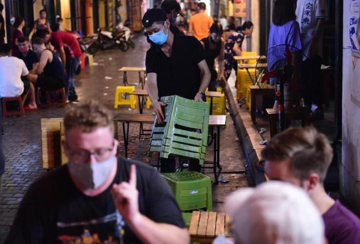 businesses in hanoi's old quarter shutdown amid covid-19 fears hinh 5