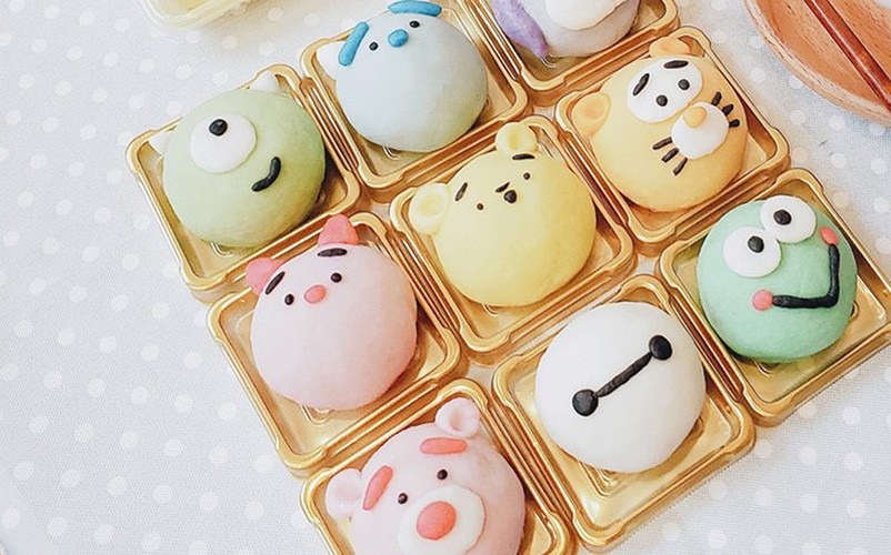 animal-shaped mooncakes create 'fever' among domestic market hinh 1