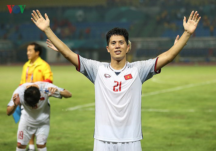 vietnam's best xi ahead of king's cup opener hinh 4