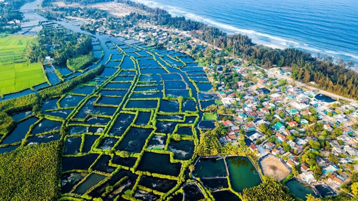 stunning beauty of quang ngai captured from above hinh 12