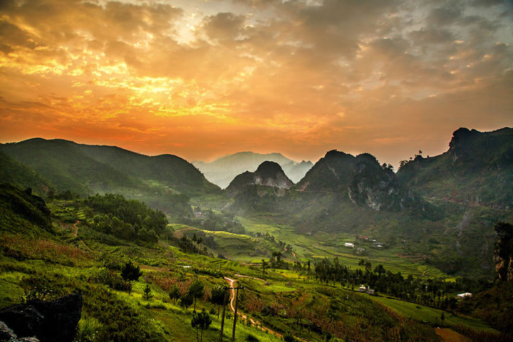 beauty of vietnam as seen through the lens of a french photographer hinh 1