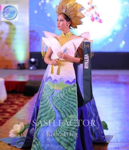 hoang hanh wins bronze in miss earth's national costume contest hinh 4