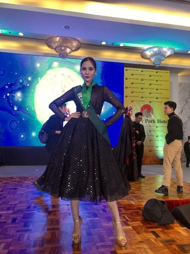 hoang hanh wins bronze in miss earth's national costume contest hinh 5