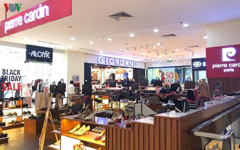 retailers despair as bargins fail to boost business ahead of black friday hinh 8