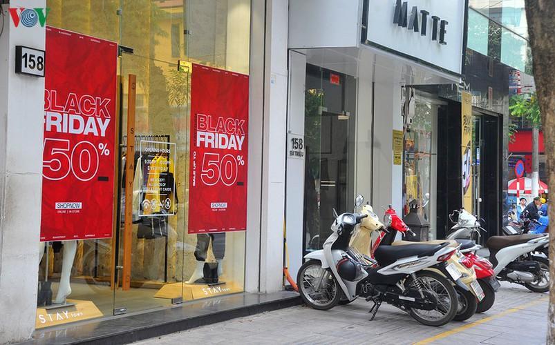 retailers despair as bargins fail to boost business ahead of black friday hinh 9