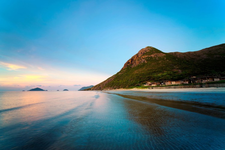 con dao named among most beautiful island destinations for winter travel hinh 1
