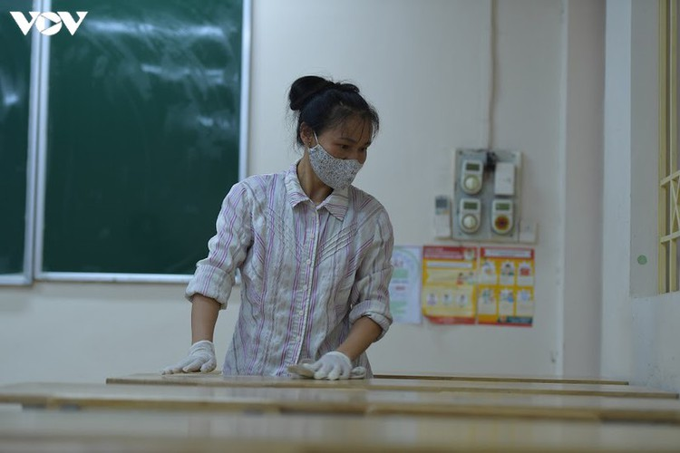 hanoi disinfects exam sites to mitigate covid-19 risk hinh 13