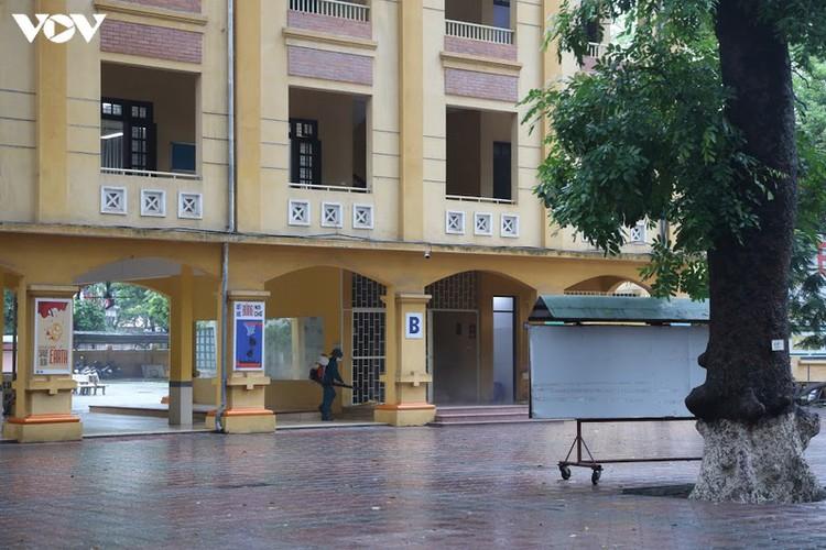 hanoi disinfects exam sites to mitigate covid-19 risk hinh 2