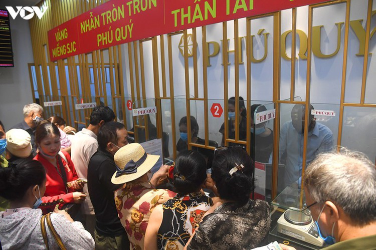 record high gold prices see citizens keen to cash in hinh 7