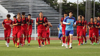 Vietnamese team train in Buriram ahead of King's Cup 2019 opener