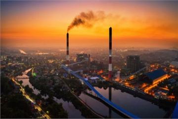 Exhibition showcases urban pollution in Vietnam