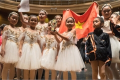 Ballet kid team wins gold medal at Asia Art Festival 2019