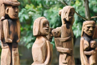 Grave sculptures of Vietnam's Central Highlands