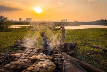 Top places in which to enjoy a romantic sunset in Hanoi