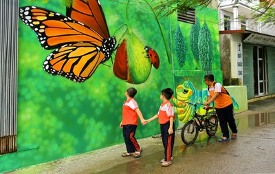 An insight into the fascinating murals on display in Hanoi's Chu Xa village