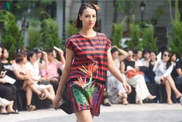 Vietnam Fashion Week Spring/Summer 2020 opens to fanfare in Hanoi