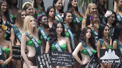 Vietnam's Hoang Hanh takes part in swimsuit segment of Miss Earth 2019