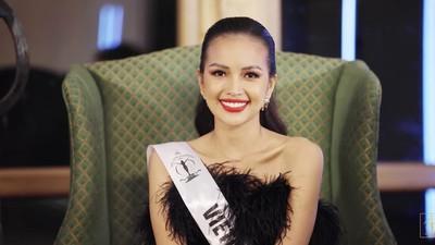 Ngoc Chau wins first round of SupraChat segment at Miss Supranational 2019