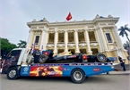 Hanoi streets aroused by F1 model car parade