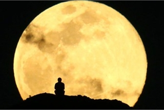 Nation ready to enjoy Super Flower Moon on May 7
