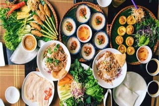 Must-try street food options for a day trip to Hoi An